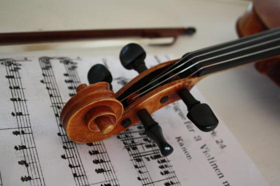 violin-3131551_1920